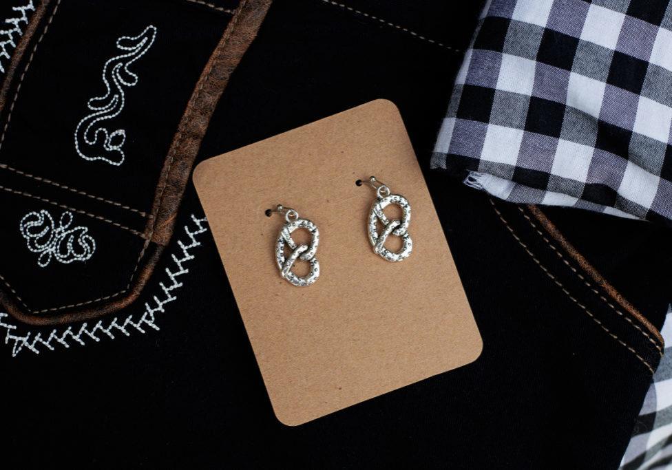 Pretzel earring on black_1200x800